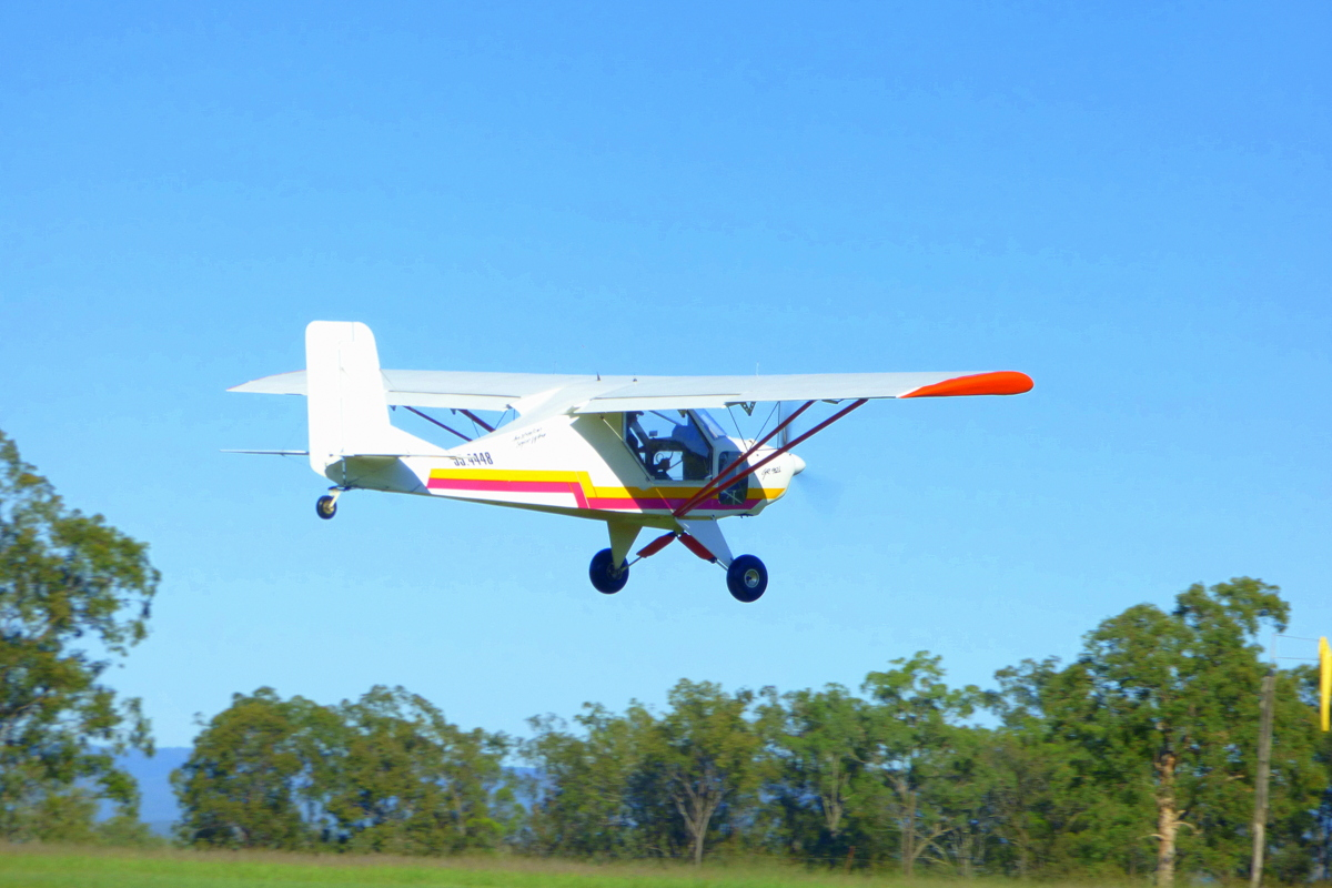 Refurbishing the GR 912 light Aircraft australia